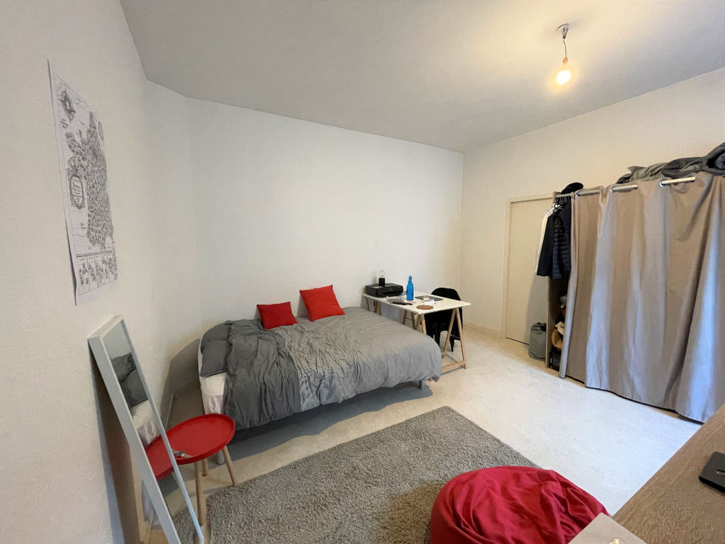 appartement-angers-1-piece-s-27-m2