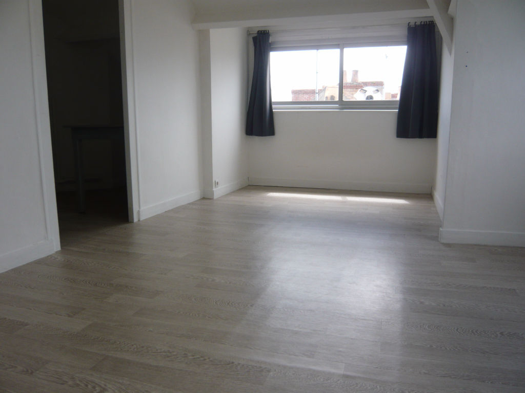 appartement-angers-1-piece-s-24-m2